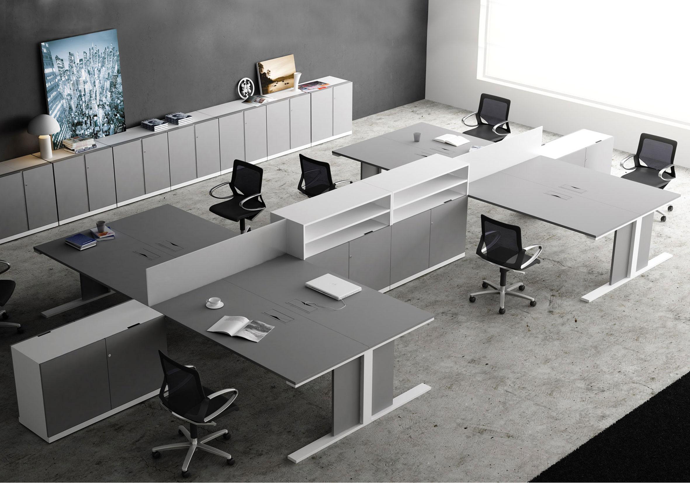Bureaux open space avec rangements intégrés