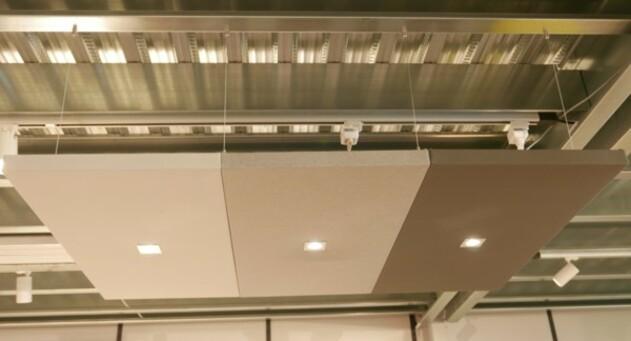 Panneaux acoustiques à spots