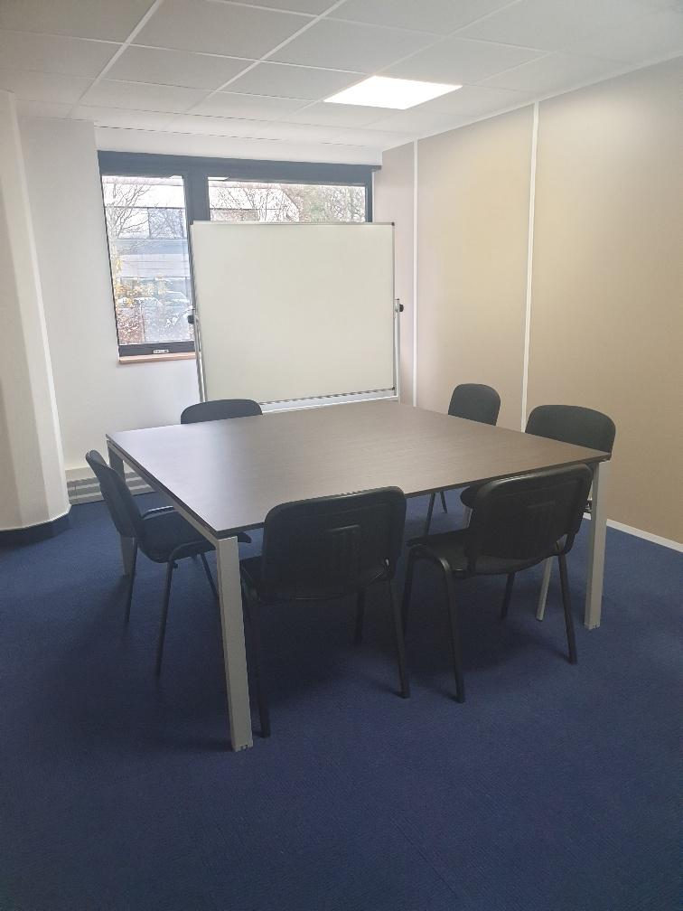 Salles de réunion 6 à 8 personnes